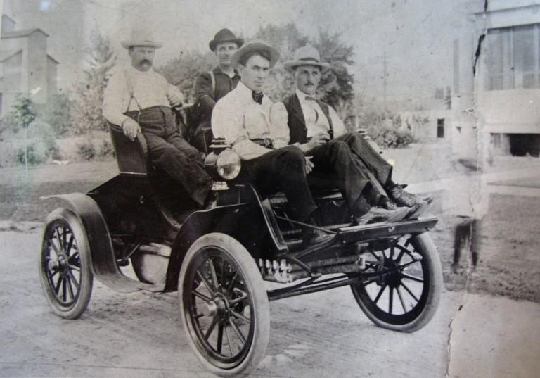 1905 Back seat- l to r. W.Myrick, W. Bielfeldt, front seat-l to r.Dr. Henry Wegert, Carl Ehrhardt