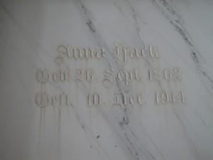 Anna Hack