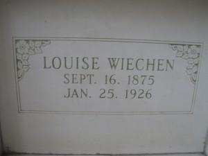 LOUISE WIECHEN