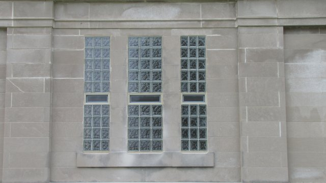 Glass Block Windows 4-18-2015 008.JPG